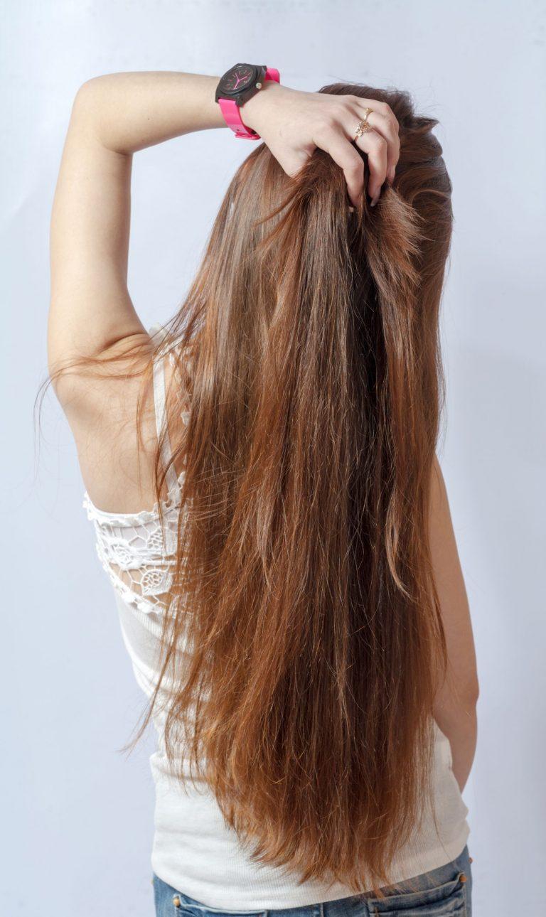 Фото девушек с длинными волосами вид со спины